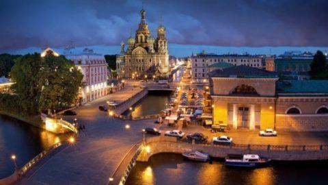 Nachtbus Tour von St. Petersburg
